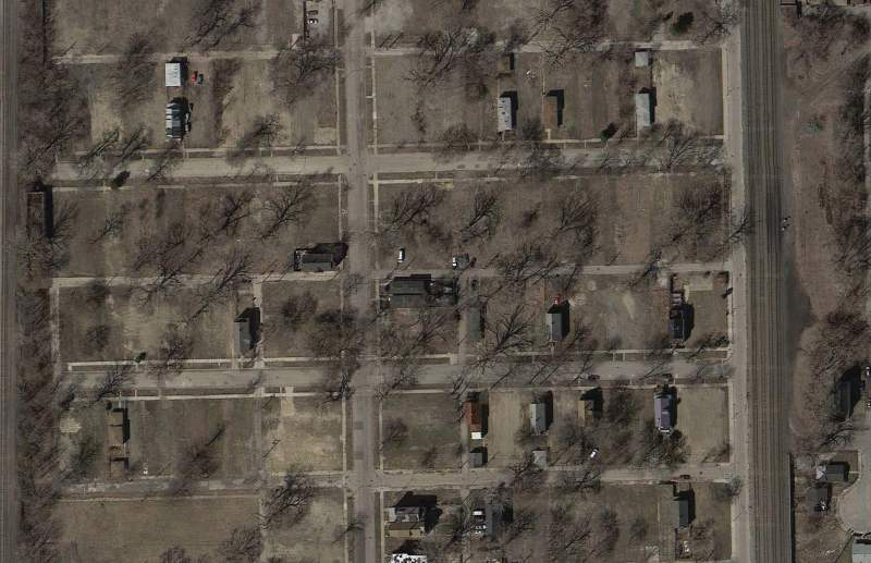 1.3_Dumitru-Zweig_Wireless Internet Networks_High Res Photo_Aerial_Englewood